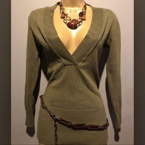 PooF V neck Sweater